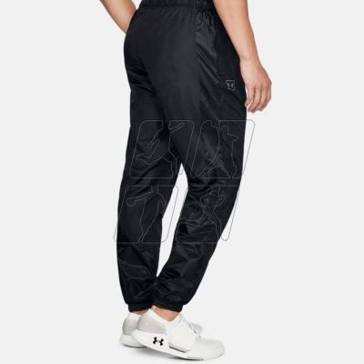 2. Spodnie Under Armour Sportstyle Wind Pant M 1310586-001